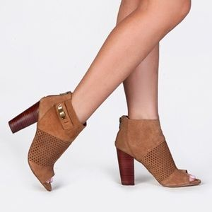 Dolce Vita Cafe Suede Marana booties